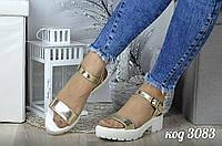 Модные сандалии золото из натуральной кожи