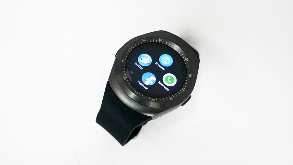 Умные часы DM08