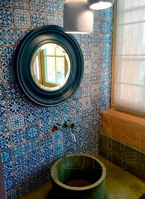 Круглое зеркало в санузел. Отлично подходит в помещения марокканского стиля, а так же Лофт или Индастриал.