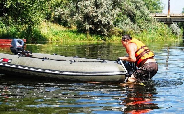Трап для лодки - лестница для купания на лодку - fasten borika