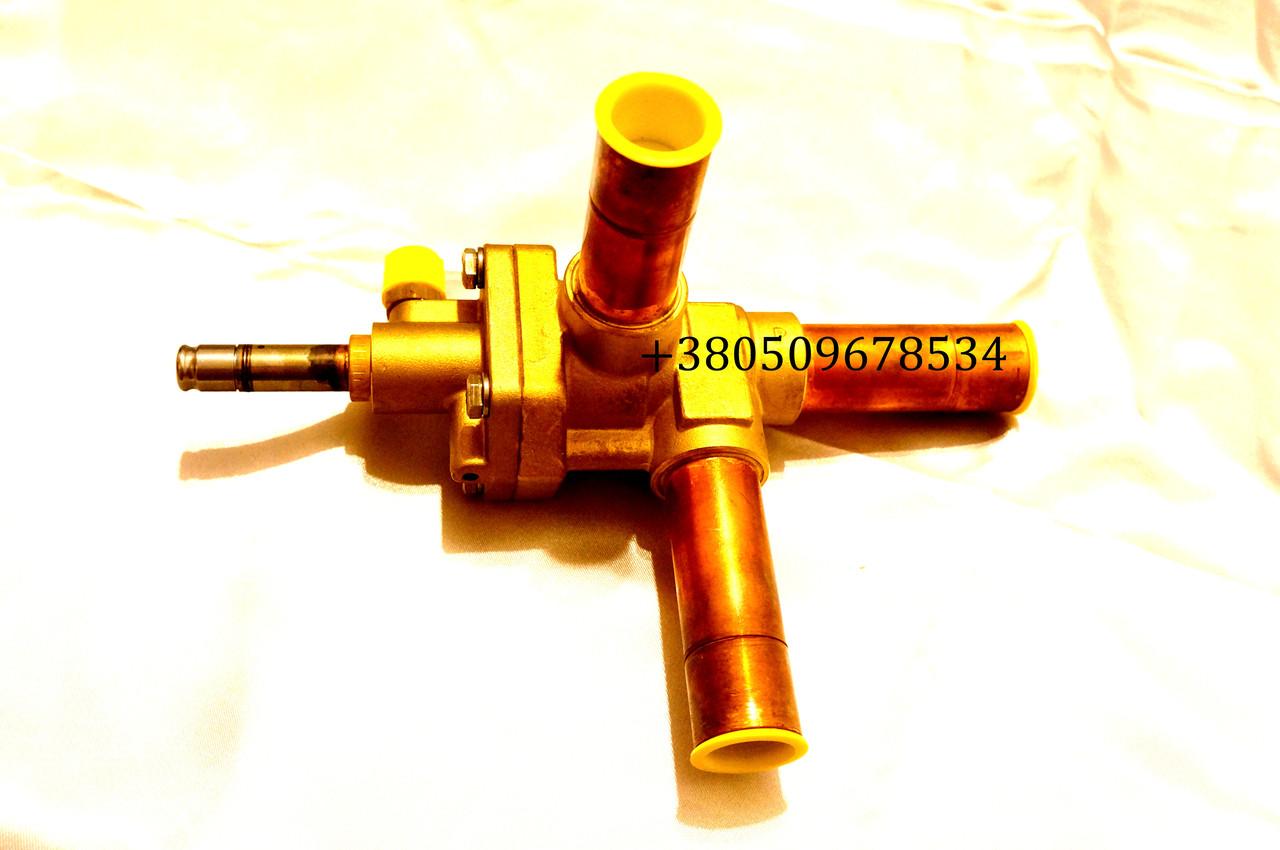 Клапан трехходовой тепло-холод Carrier Maxima Supra 14-00180-02 новый