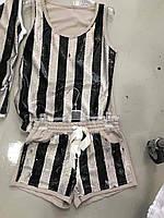 Стильный  комплект майка и шорты с паетками Италия