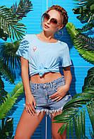 Яркая голубая женская футболка с нашивкой мороженое