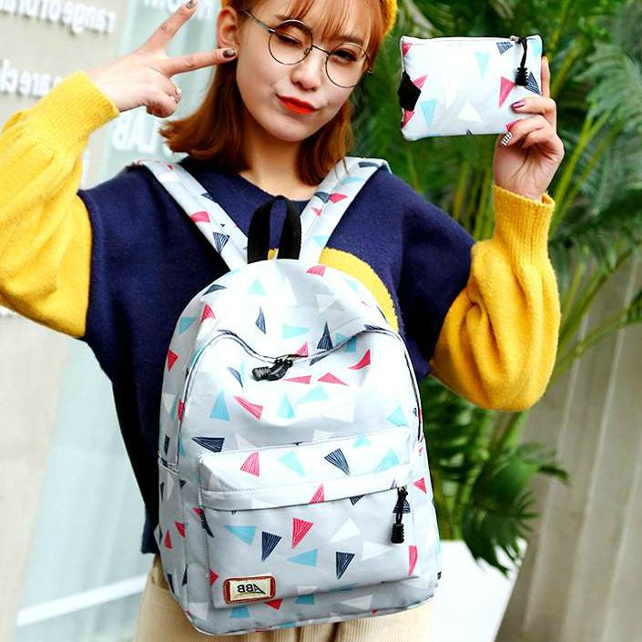 """Школьный рюкзак с пеналом """"Разноцветные треугольники"""""""