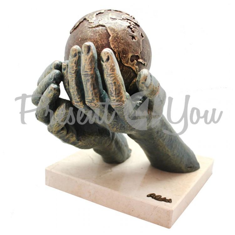 Скульптура Anglada «Я предлагаю мир», h-27х28х21 см (291a)
