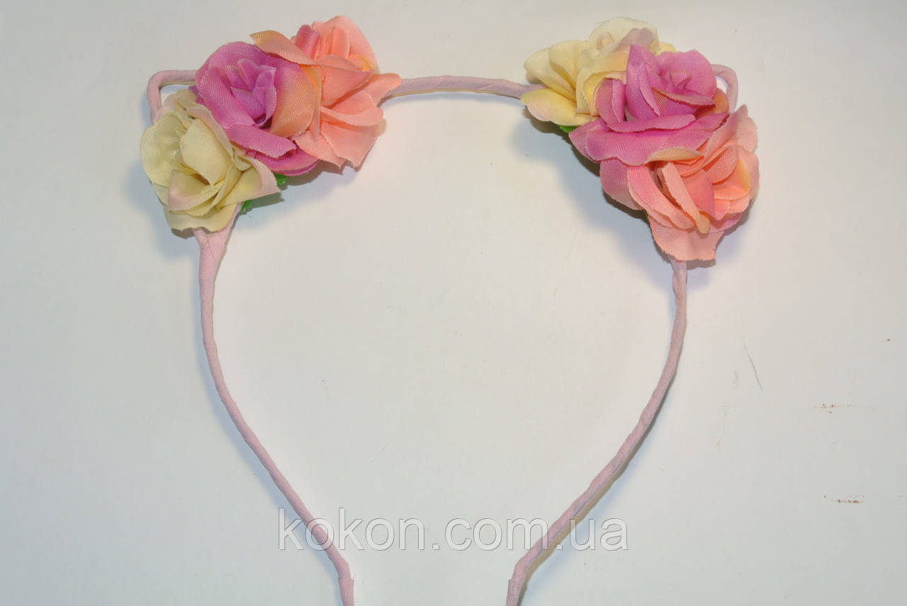 Обруч с ушками, декорирован цветами