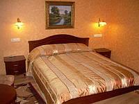 Мебель для отелей из массива натурального дерева