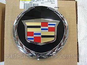 Емблема значок в решітку радіатора Cadillac Escalade 2007-2014 тільки Platinum Новий Оригінал