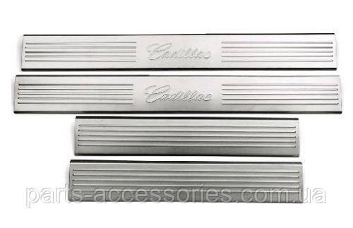 Cadillac Ecalade 2007-14 металлические молдинги на дверные пороги Новые Оригинальные