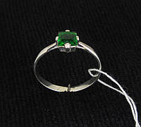 Кольцо серебро 925 проба 18 размер №356 ЗЕЛЕНЫЙ