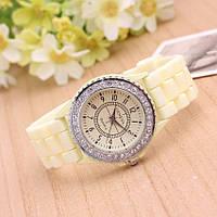 Часы женские в стиле Geneva Crystal beige (бежевый)