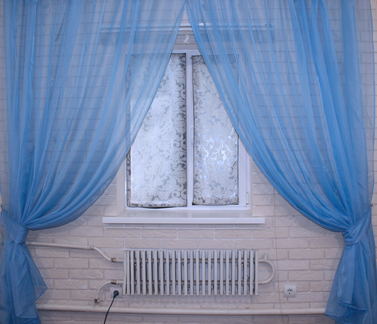 Комплект декоративных штор из шифона, цвет голубой. 006дк