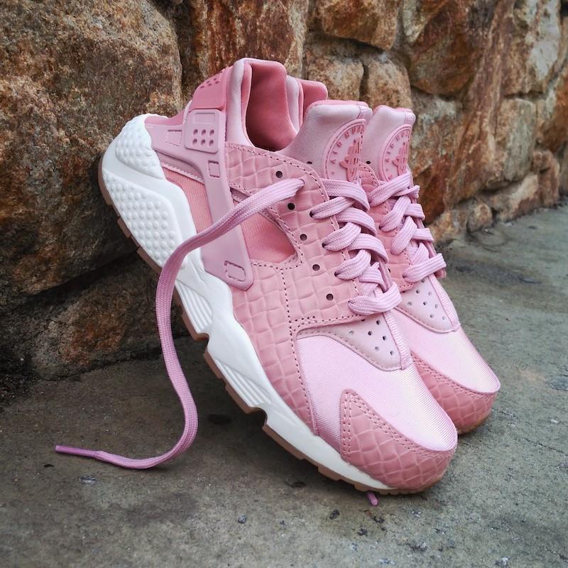 Кроссовки женские Nike Air Huarache Run Premium Pink Glaze Pearl 30445 розовые