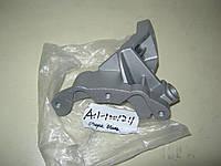 Кронштейн двигателя задний Амулет OE