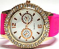 Часы на силиконовом ремешке 101