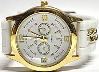 Часы на силиконовом ремешке 102