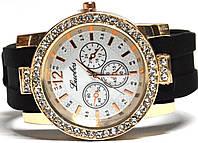 Часы на силиконовом ремешке 104