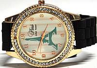 Часы на силиконовом ремешке 107