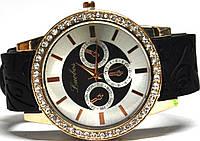 Часы на силиконовом ремешке 108