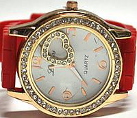 Часы на силиконовом ремешке 109