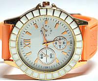 Часы на силиконовом ремешке 112