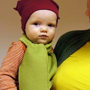 Детская одежда - шапки, шарфы, варежки