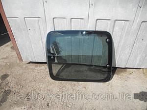 Стекло двери боковой сдвижной правойна Renault Kangoo