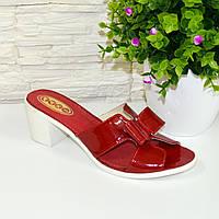 Лаковые женские шлепанцы красного цвета на устойчивом каблуке. 37 размер.