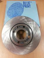 "Диск тормоза передний на DACIA DOKKER 1.5-1.6 2012>; RENAULT KANGOO 1.5 dCi 2008> ""BLUE PRINT"" ADR164307"