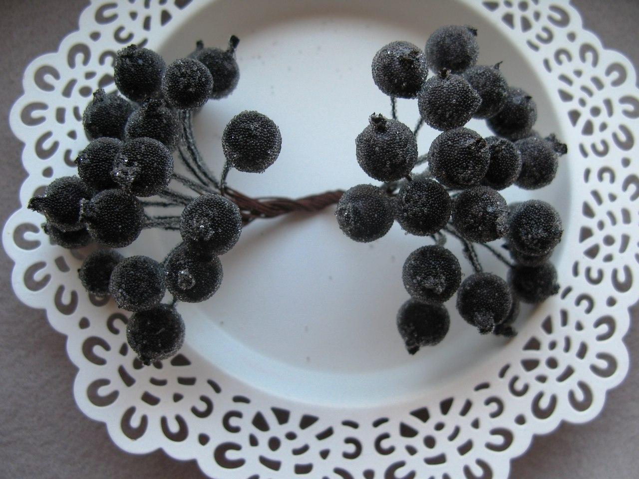Черные сахарные ягоды 40 шт