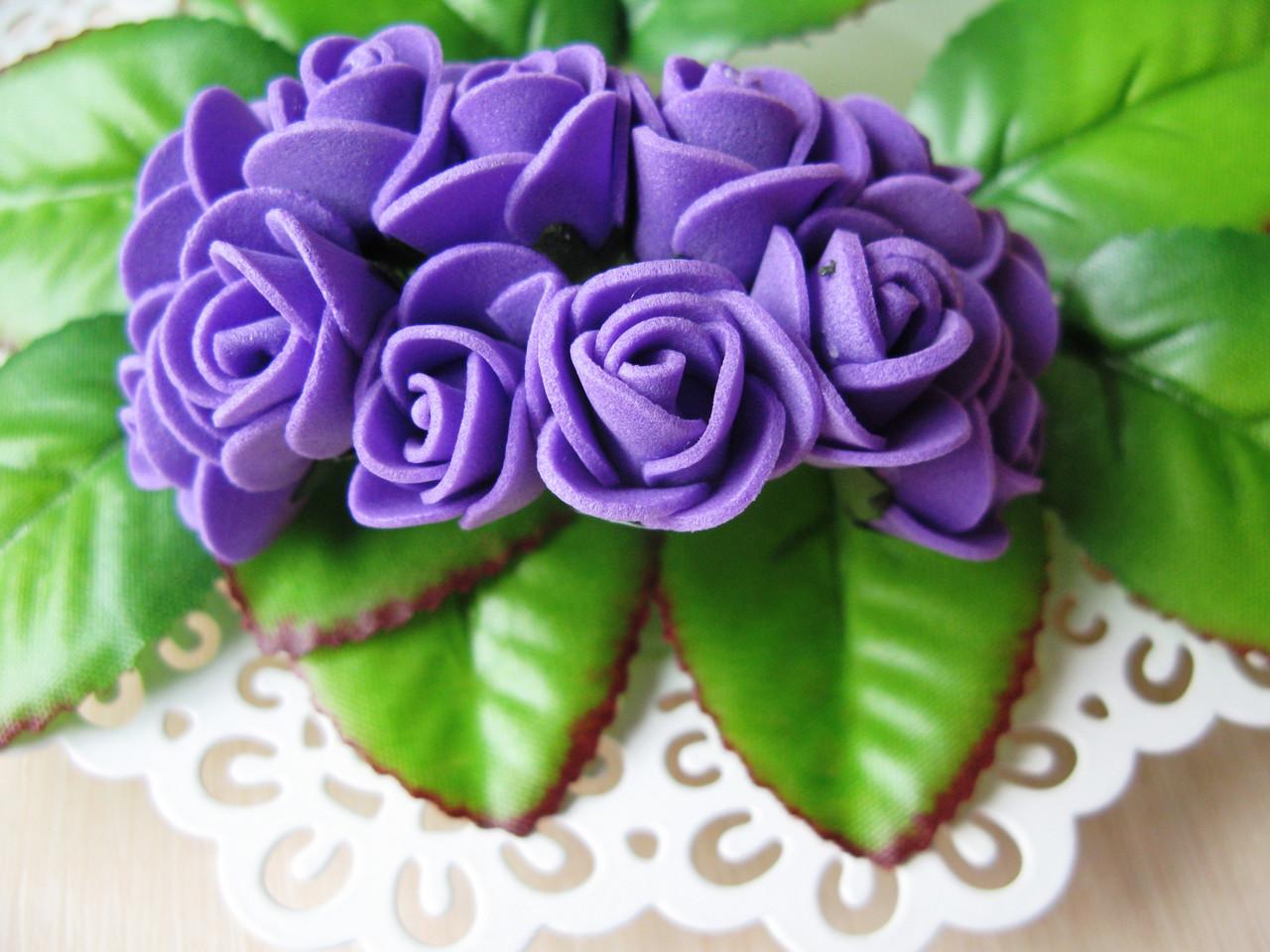 Розы из латекса фиолетовые d 2 см