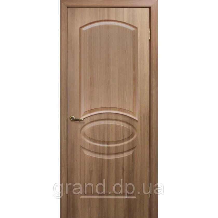 Двери межкомнатные Омис  Лика ПВХ глухая, цвет  дуб золотой