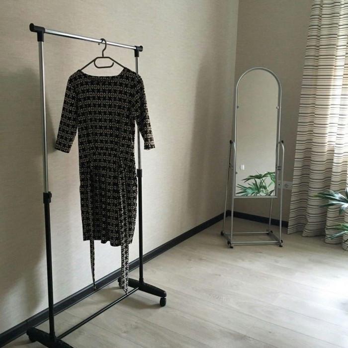 Стійка для тремпелей вішалка підлогова для одягу