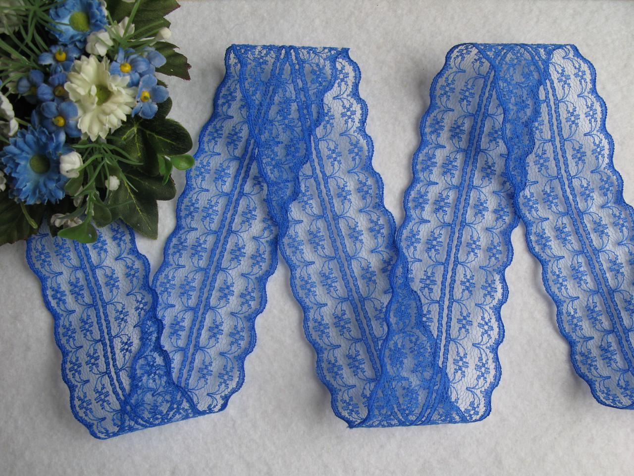Кружево в цветочек синее