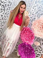 Летняя женская белая юбка миди с цветочной вышивкой тренд 2017