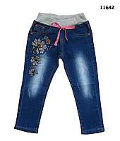 Джинсы с вышивкой для девочки. 98, 104, 110, 118, 128 см