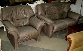 Комплект мягкой кожаной мебели из Европы б/у 2+1