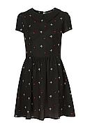 Черное платье с воротничком Topshop