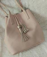 Модная женская сумка-мешок качественная эко-кожа цвет пудра
