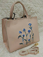 Женская модная сумка с вышивкой качественная эко-кожа цвет пудра