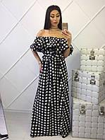 Женское платье длиной в пол