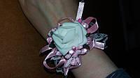 Свадебный цветок для свидетельницы на руку (цвет - розовый)