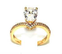 Кольцо с белыми фианитами, цвет-позолота.17 размер.