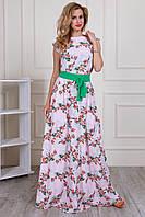 Женское длинное платье розового цвета с цветочным узором