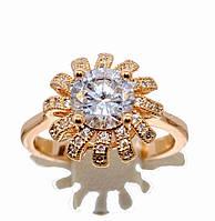 Кольцо  с белыми цирконами, цвет-позолота. Размер: 16