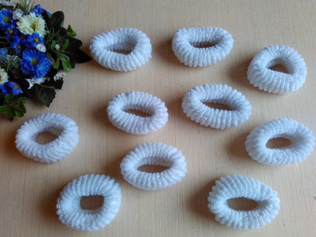 Резинки крупные белые 6,5 см длина 3 см высота