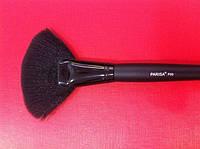Кисть Parisa  веерная для макияжа Р00