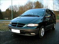 Лобовое стекло на Chrysler Voyager с шелкографией (1995-2000)