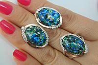 Комплект серебряных украшений с опалами, фианитами и золотом - кольцо и серьги женские