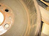 Задній правий важіль + барабан + гальмівний механізм б/у на VW T4 рік 1990-2003, фото 6